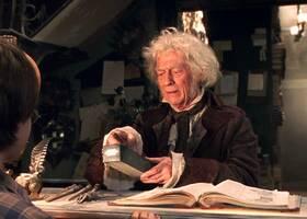 Oggi il cinema perde un altro grandissimo attore. É morto John Hurt, ieri, a 77 anni