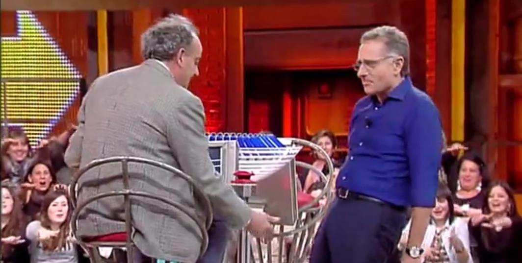 """Puntata Avanti un Altro Gigi e l'idraulico. """"come col toro!"""""""